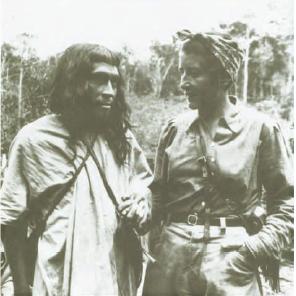 Gertrude Duby con un lacandA?n en NajA?, ca. 1948