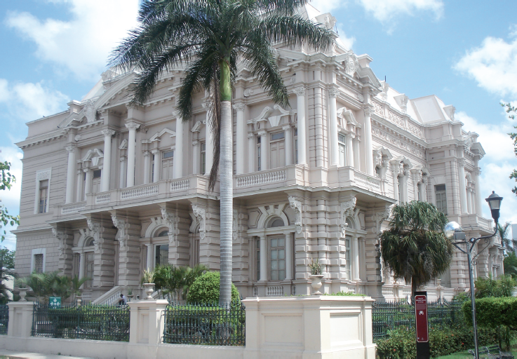 Palacio CantA?n, en el Paseo Montejo