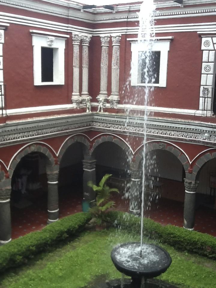 [4.3] Patio del Hospital de San Juan de Dios, Atlixco, Puebla, 2013. Col. ARSA