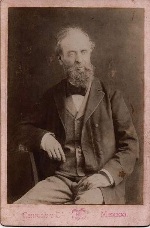 Mtro. José Salomé Pina y dedicatoria (640x483)
