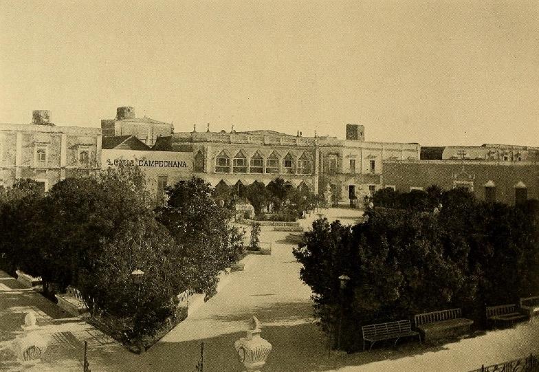 Plaza de la Independencia, Campeche (800x578)