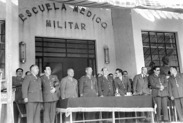 Escuela MAi??dico Militar 1955 2 (640x430)