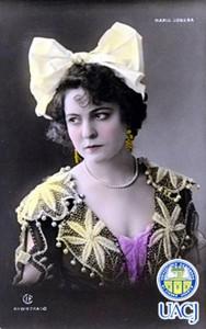 María Conesa con traje tradicional español, postal iluminada, ca. 1910. Tarjeta perteneciente al fondo pictográfico de Colecciones Especiales de la Universidad Autónoma de Ciudad Juárez.