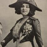 Retrato de María Conesa, fotografía en Teatros en México, Arte y Letras, 1911. Biblioteca Ernesto de la Torre Villar–Instituto Mora.