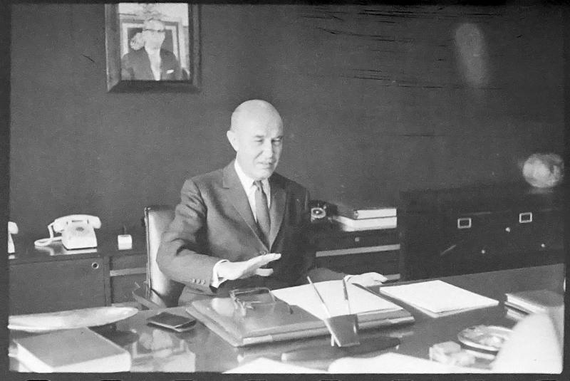 Alfonso García Robles, embajador de México en Brasil durante el golpe militar, ca. 1964. Archivo General de la Nación, Fondo Hermanos Mayo, Alfabético General, sobre 3364.
